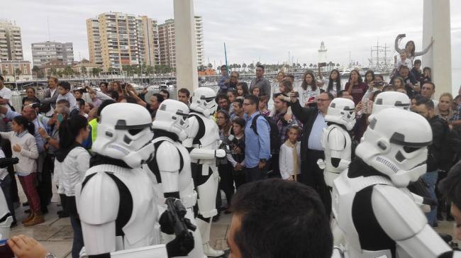 stormtroopers.thumb.jpg.29d0e2b22ab88910